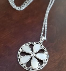 Silver mother of pearl and crystal pendant necklac